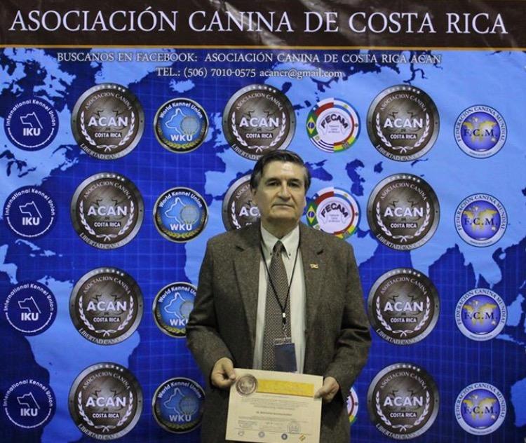 Sr. Bernardo Molina Patiño